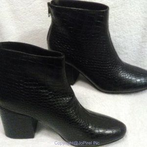 Pretty Little Things Black Ankle Boot